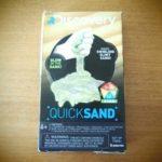Discoveryの実験キットで、流砂(クイックサンド)を作りました。夏休みの自由研究にも◎